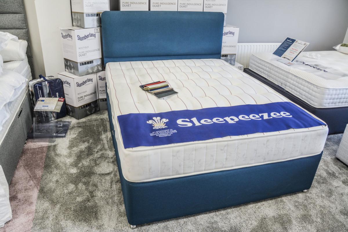 Sleepeezee Beds